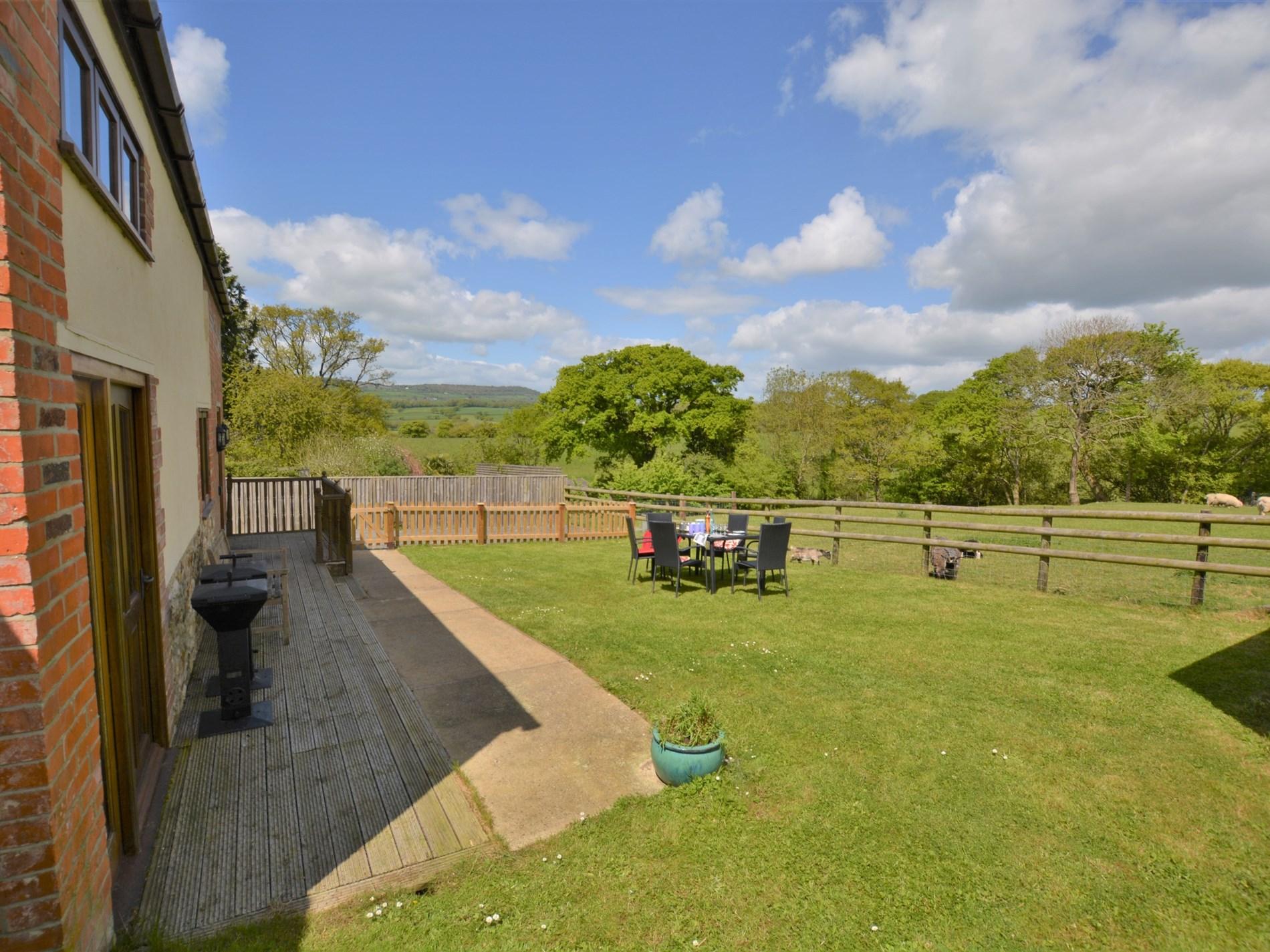 3 Bedroom Cottage in Bridport, Dorset and Somerset