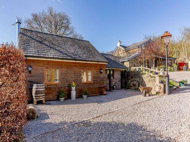 Bramley Lodge (43724)