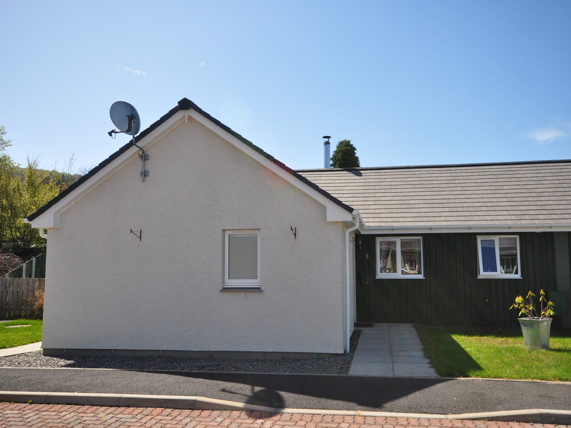 2 Bedroom Cottage in Inverness, Inverness, Loch Ness & Nairn, Highlands