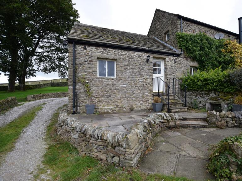 Pretty stone cottage