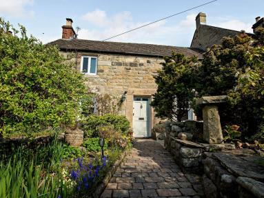 Paeony Cottage (PK917)