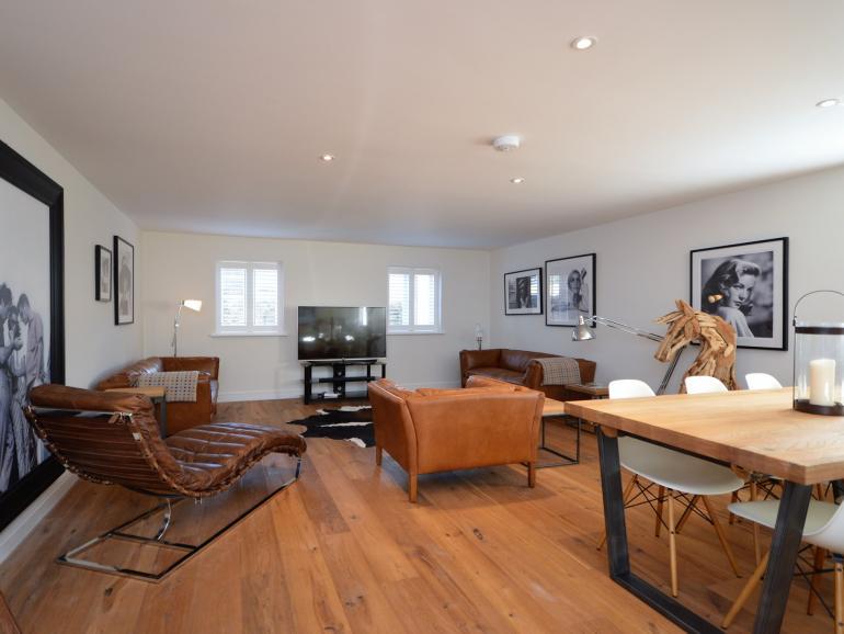 Amazing open plan living area