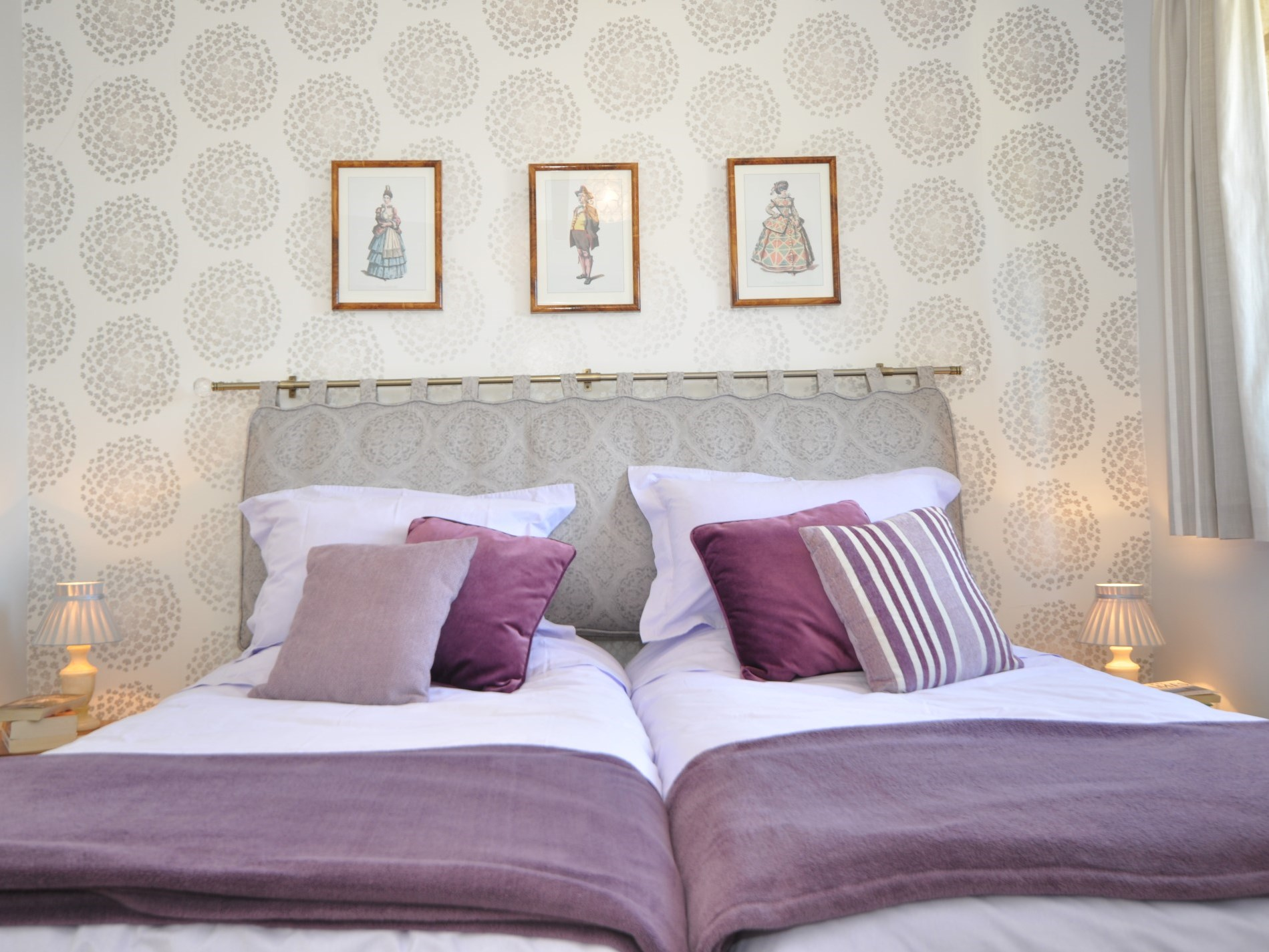 Cosy twin beds