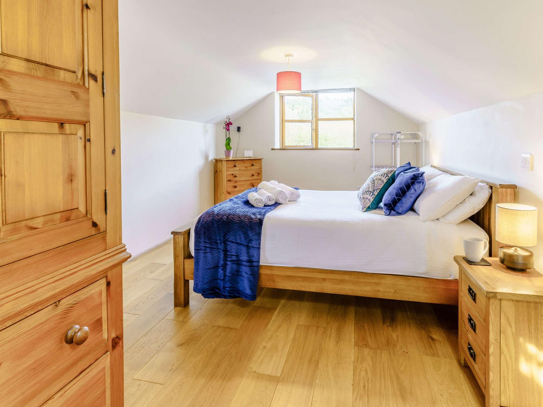 2 Bedroom Cottage in Aberaeron, Mid Wales