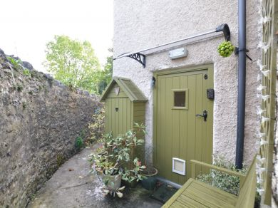 Coniston Cottage (46087)