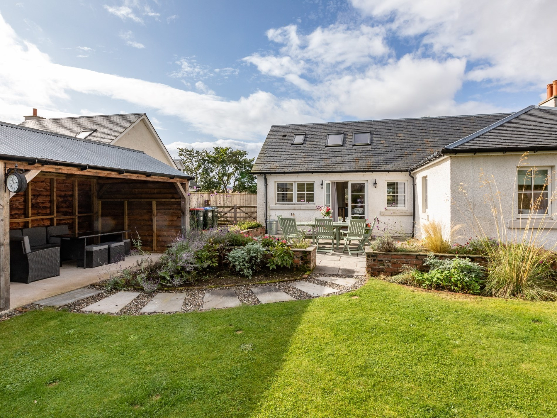 4 Bedroom Cottage in Perth, Perthshire, Angus & Fife