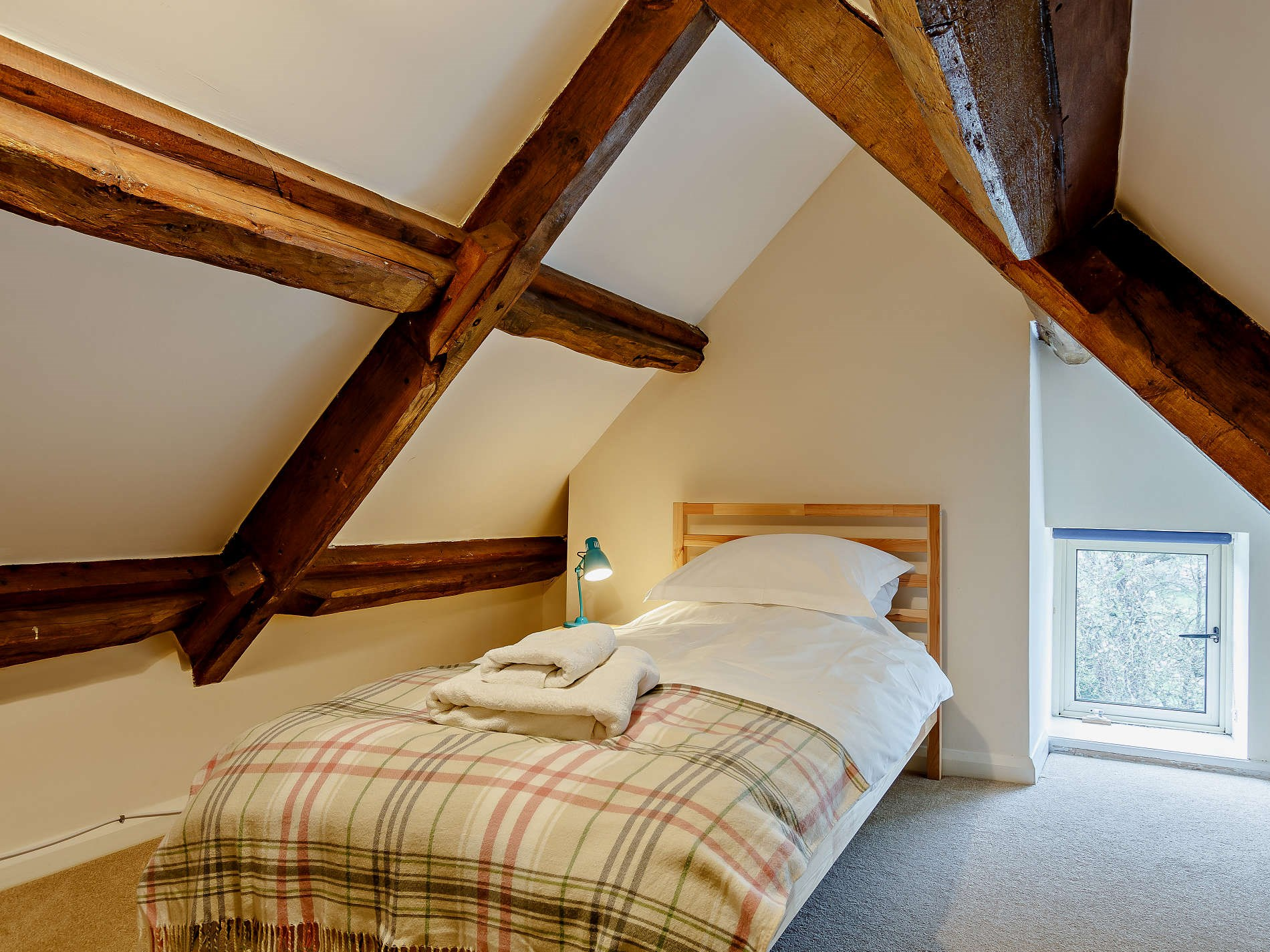 4 Bedroom Cottage in Wotton-under-edge, Heart of England