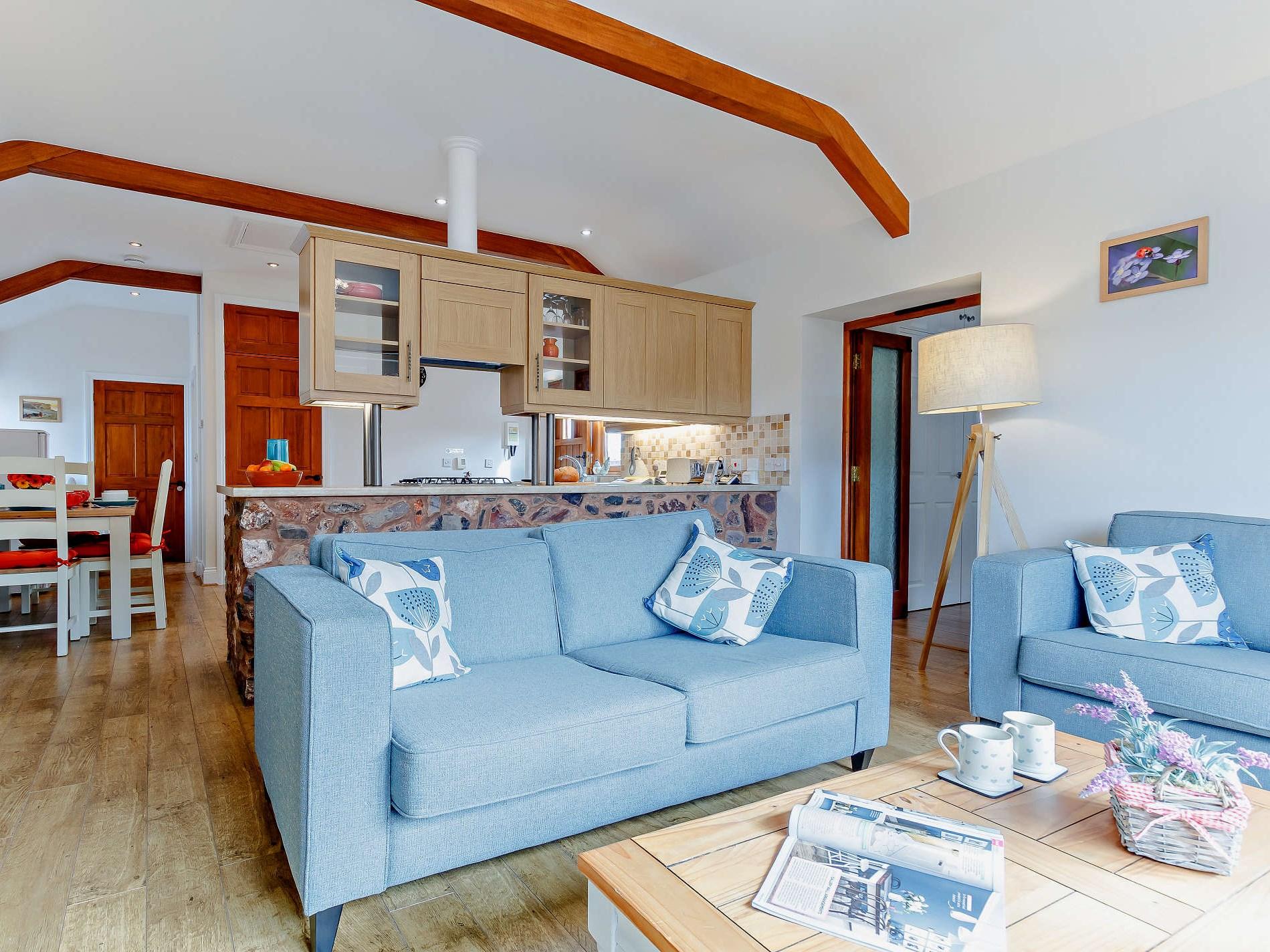 2 Bedroom Cottage in Wellington, Dorset and Somerset