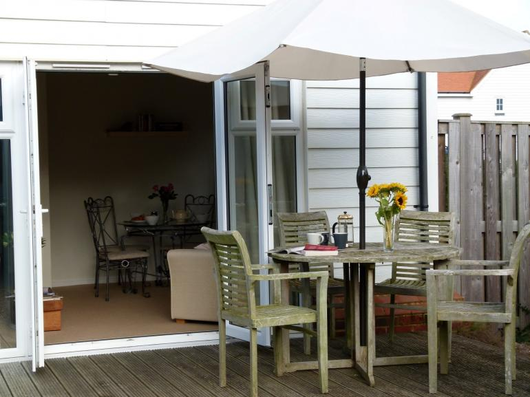 Fully enclosed south facing garden