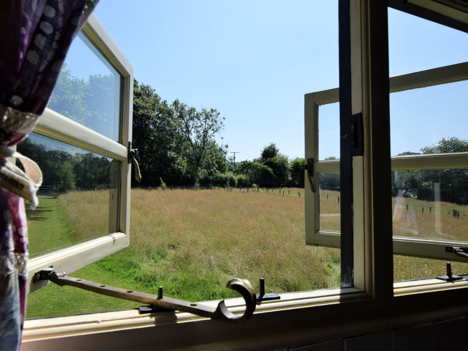 1 Bedroom Log Cabin in West Wales, Pembrokeshire and the South