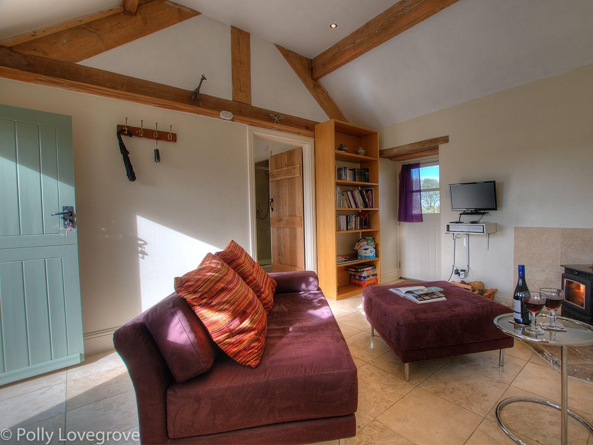 1 Bedroom Cottage in Leek, Heart of England