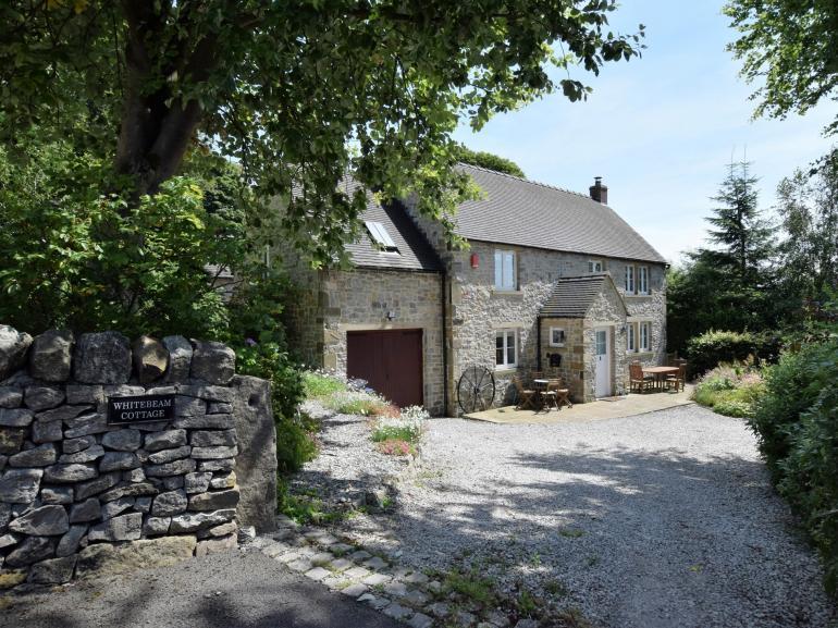 Beautiful detached stone cottage