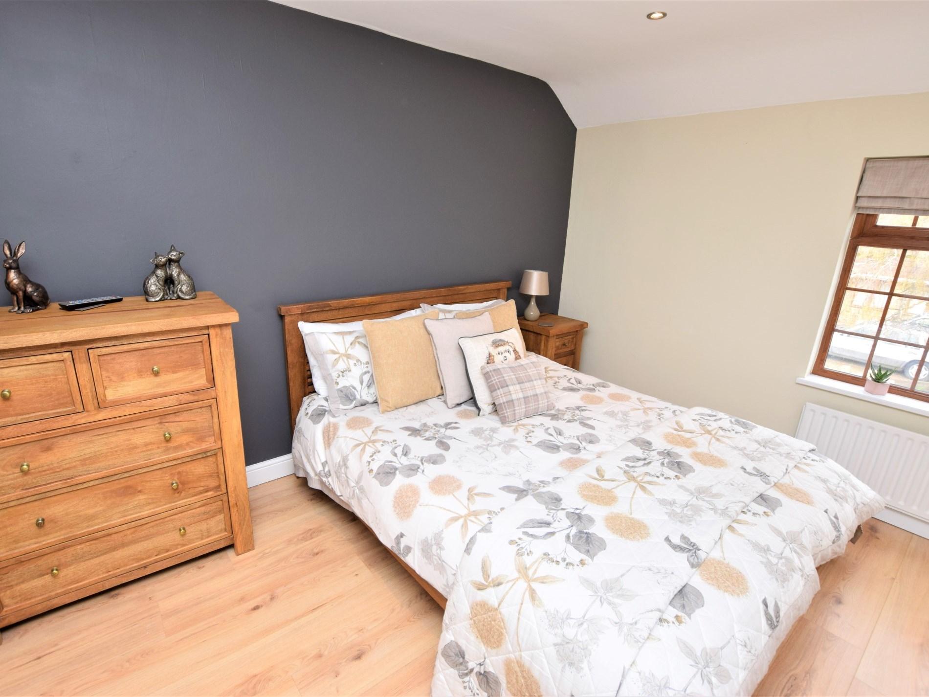 2 Bedroom Cottage in Dronfield, Peak District