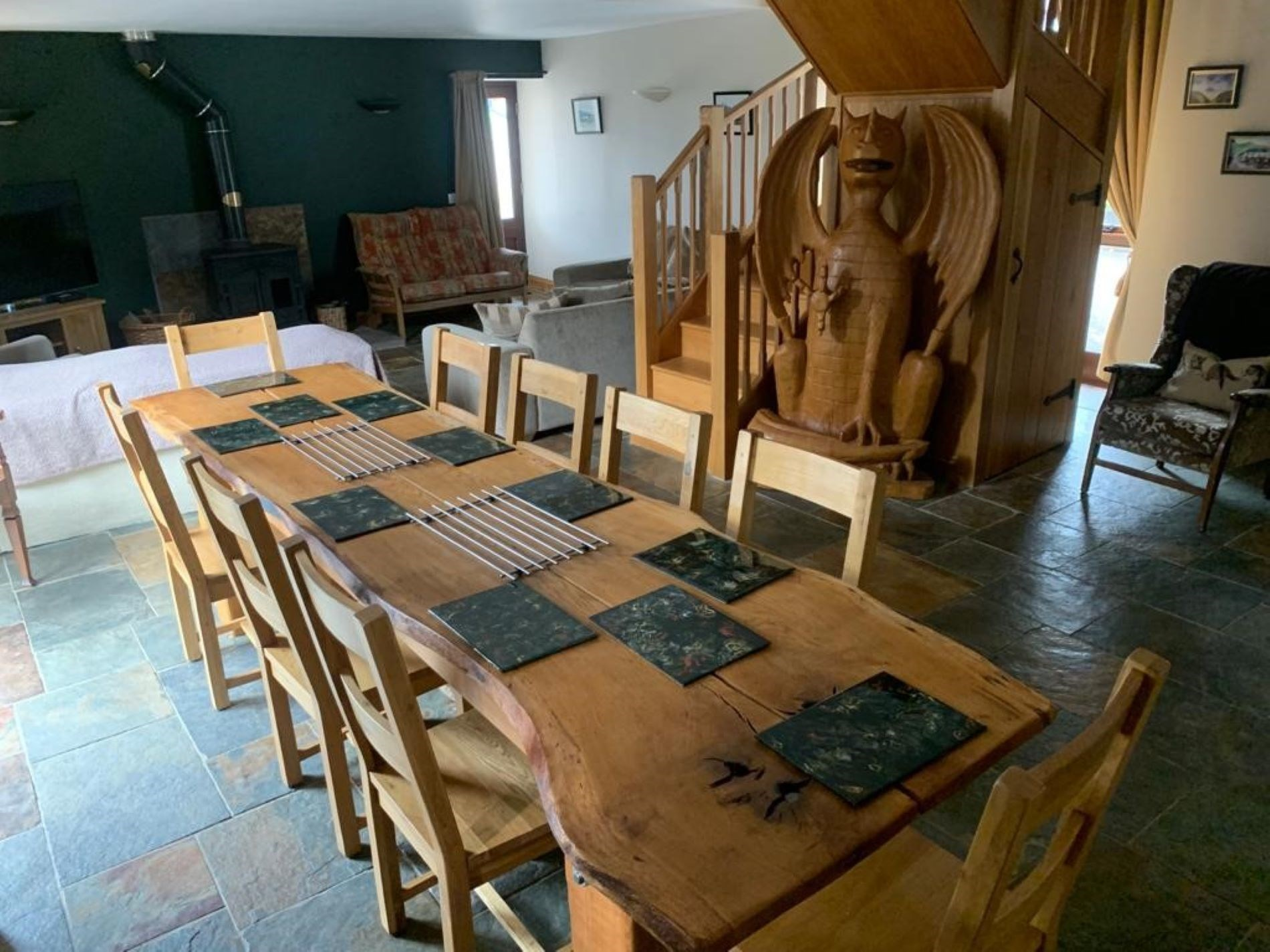 4 Bedroom Barn in Mid Wales, Pembrokeshire and the South