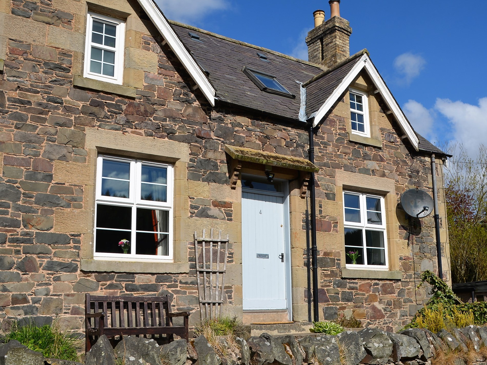 2 Bedroom Cottage in Duns, Scottish Borders