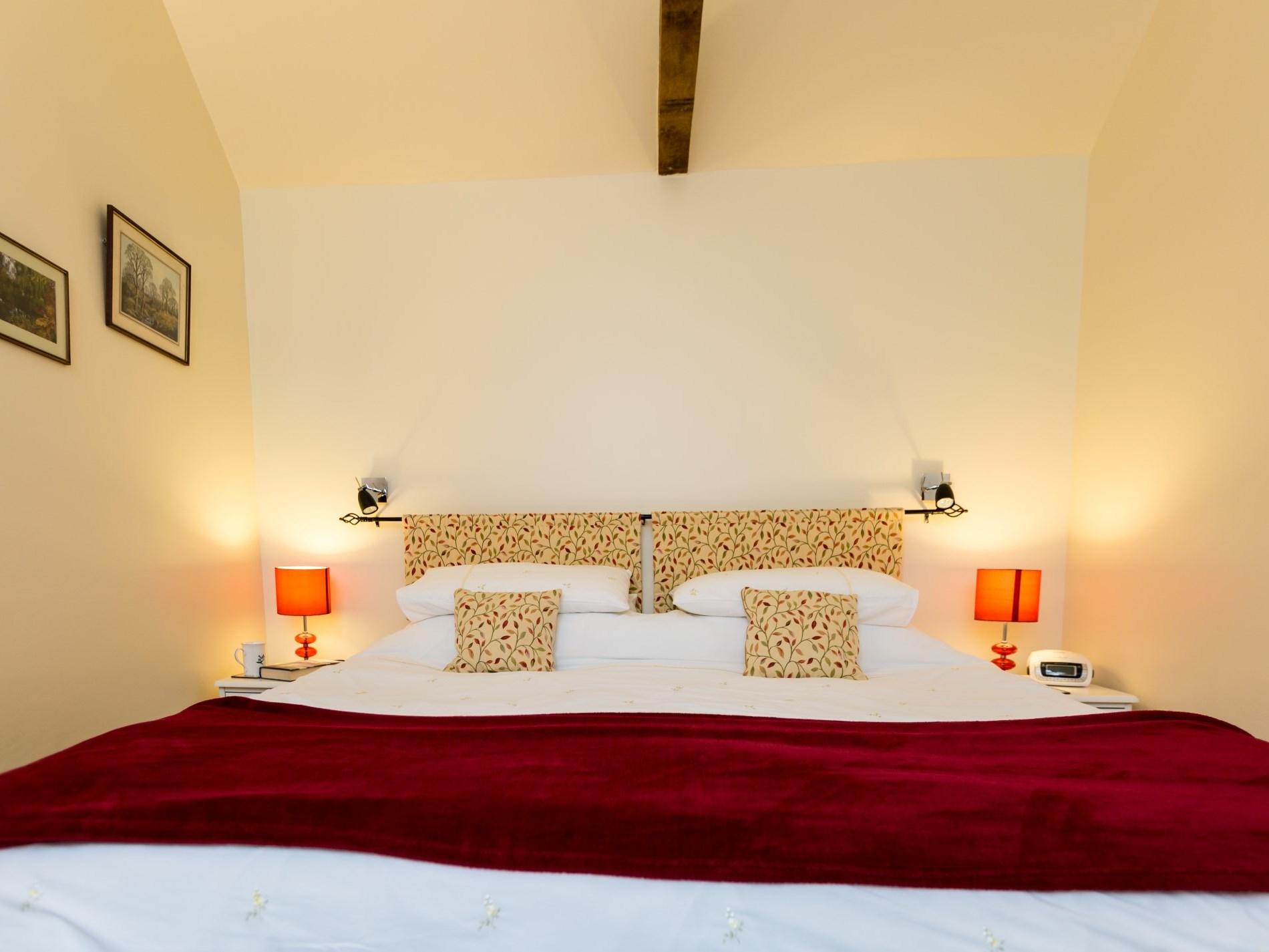 Zip-and-link bedroom