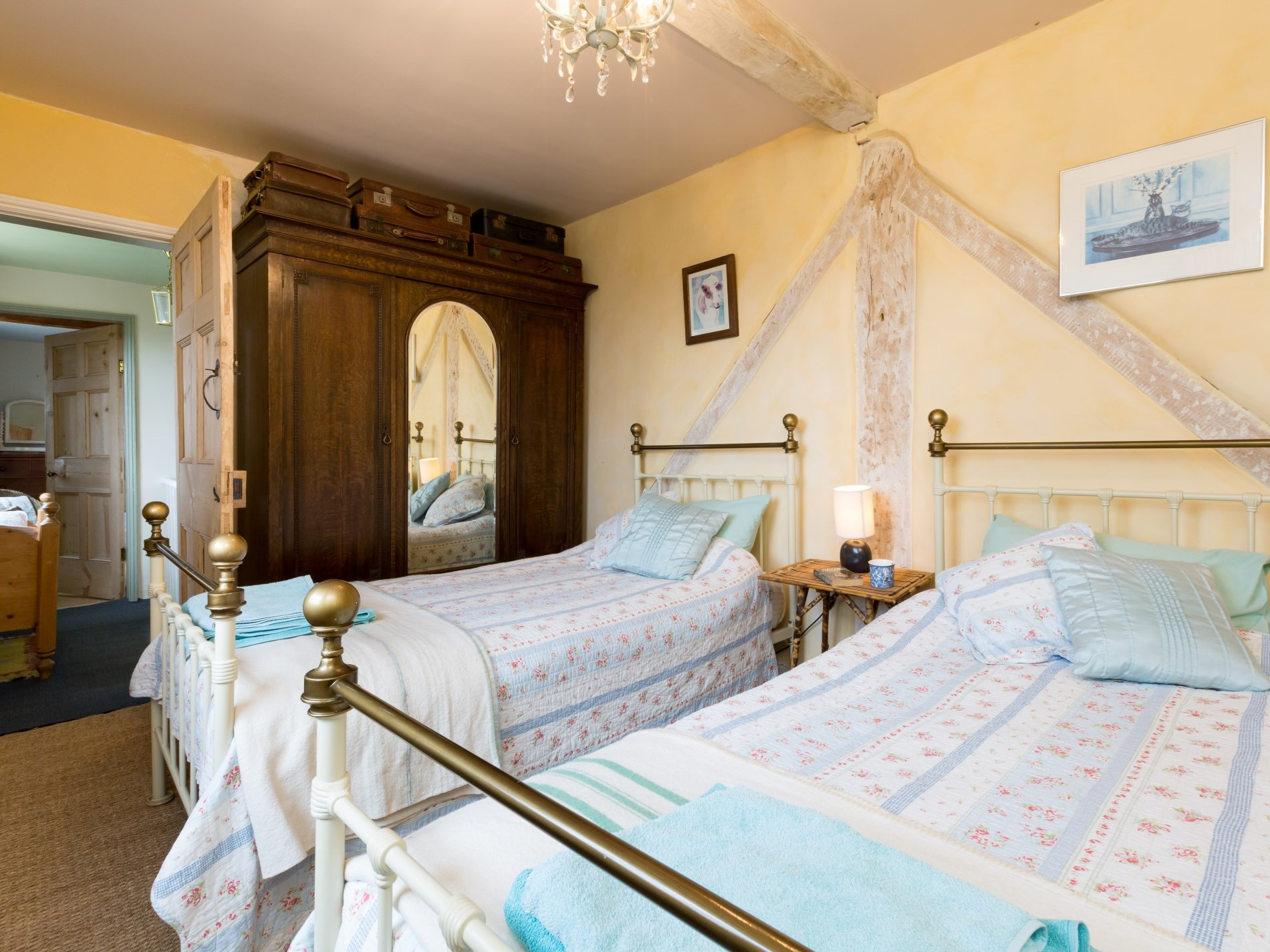 6 Bedroom House in Gloucestershire, Heart of England