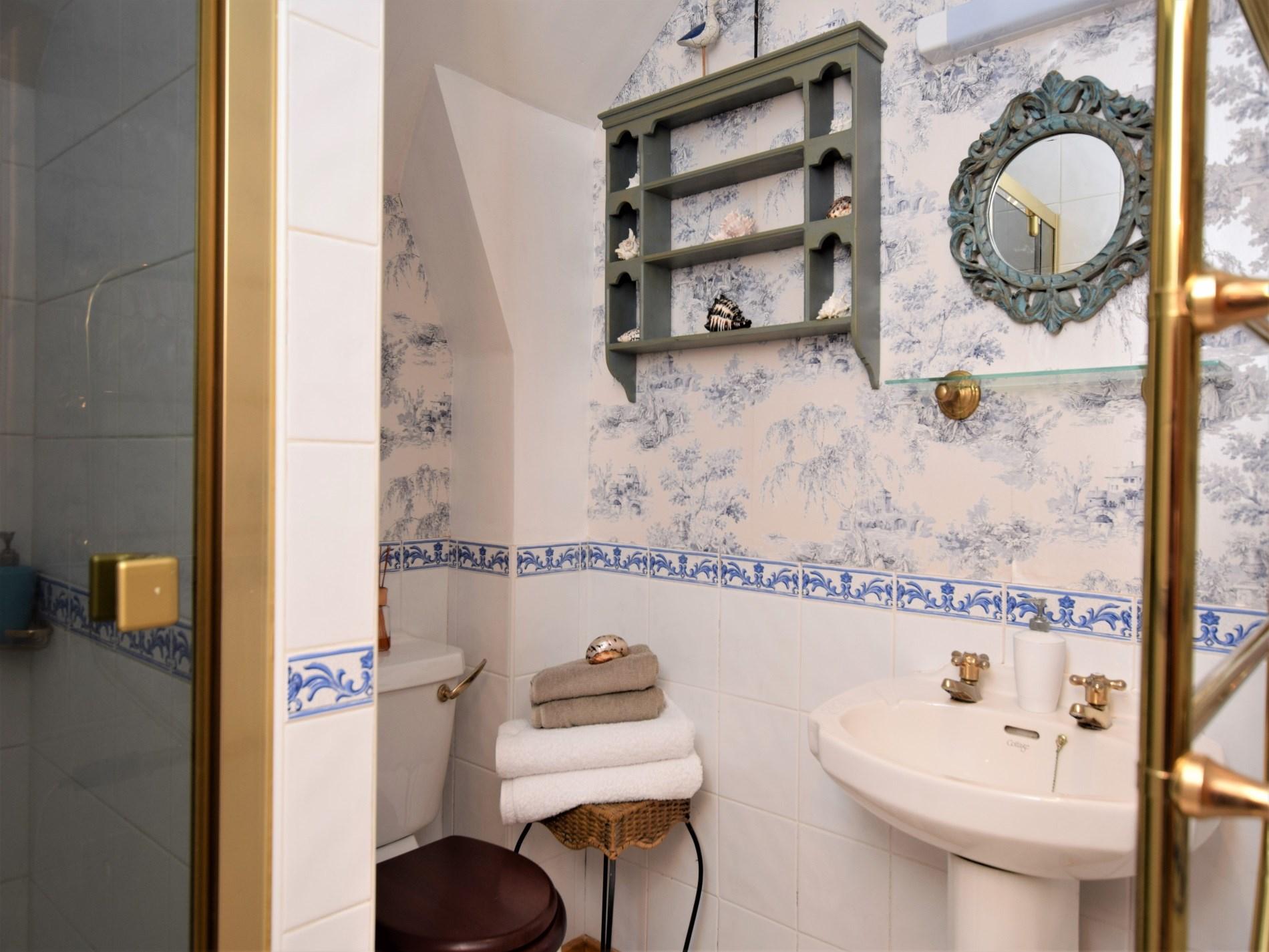 Pretty bathroom with shower