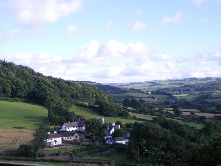 A view towards the property and the surrounding countryside