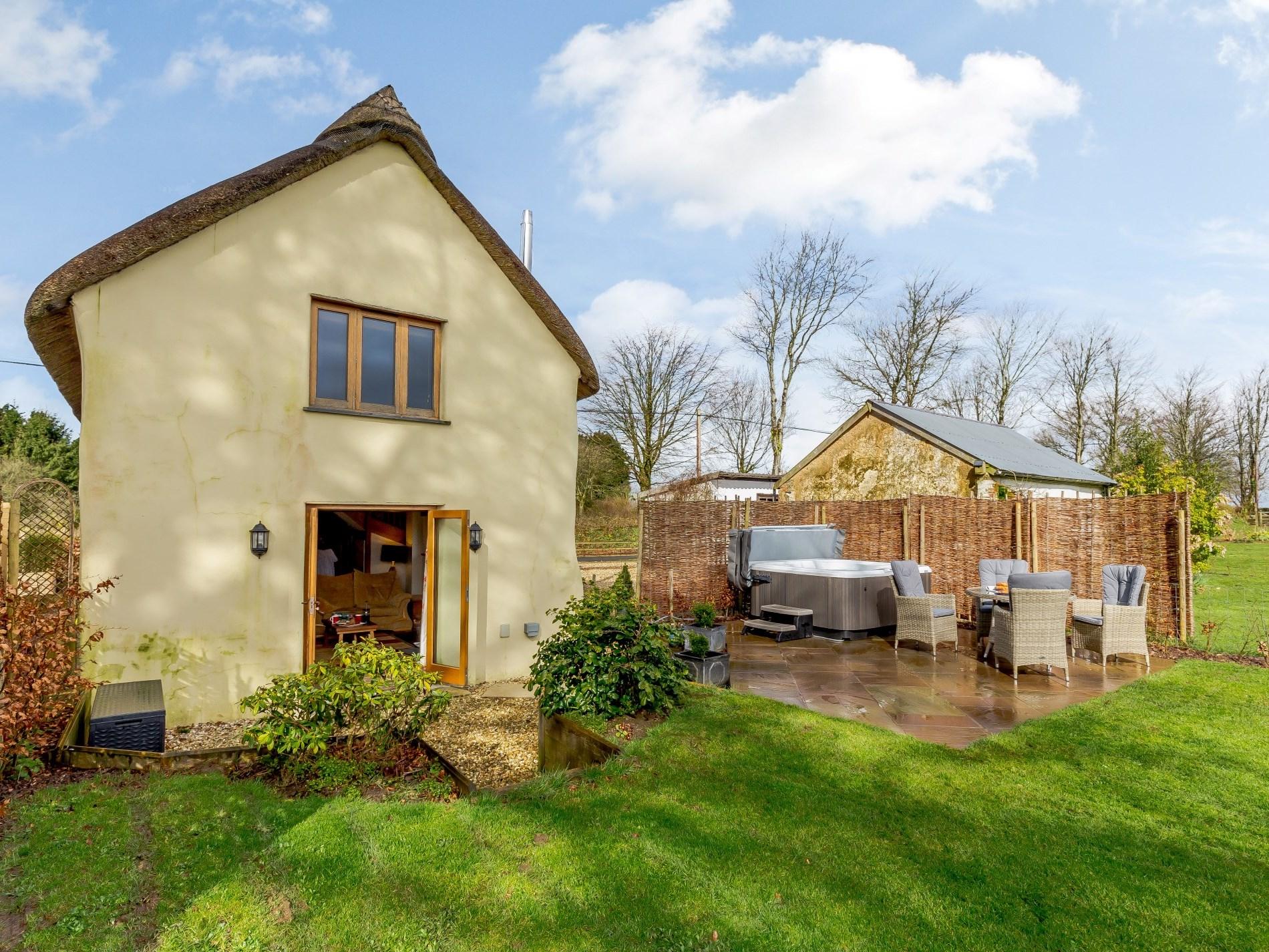 2 Bedroom Cottage in Torrington, Devon