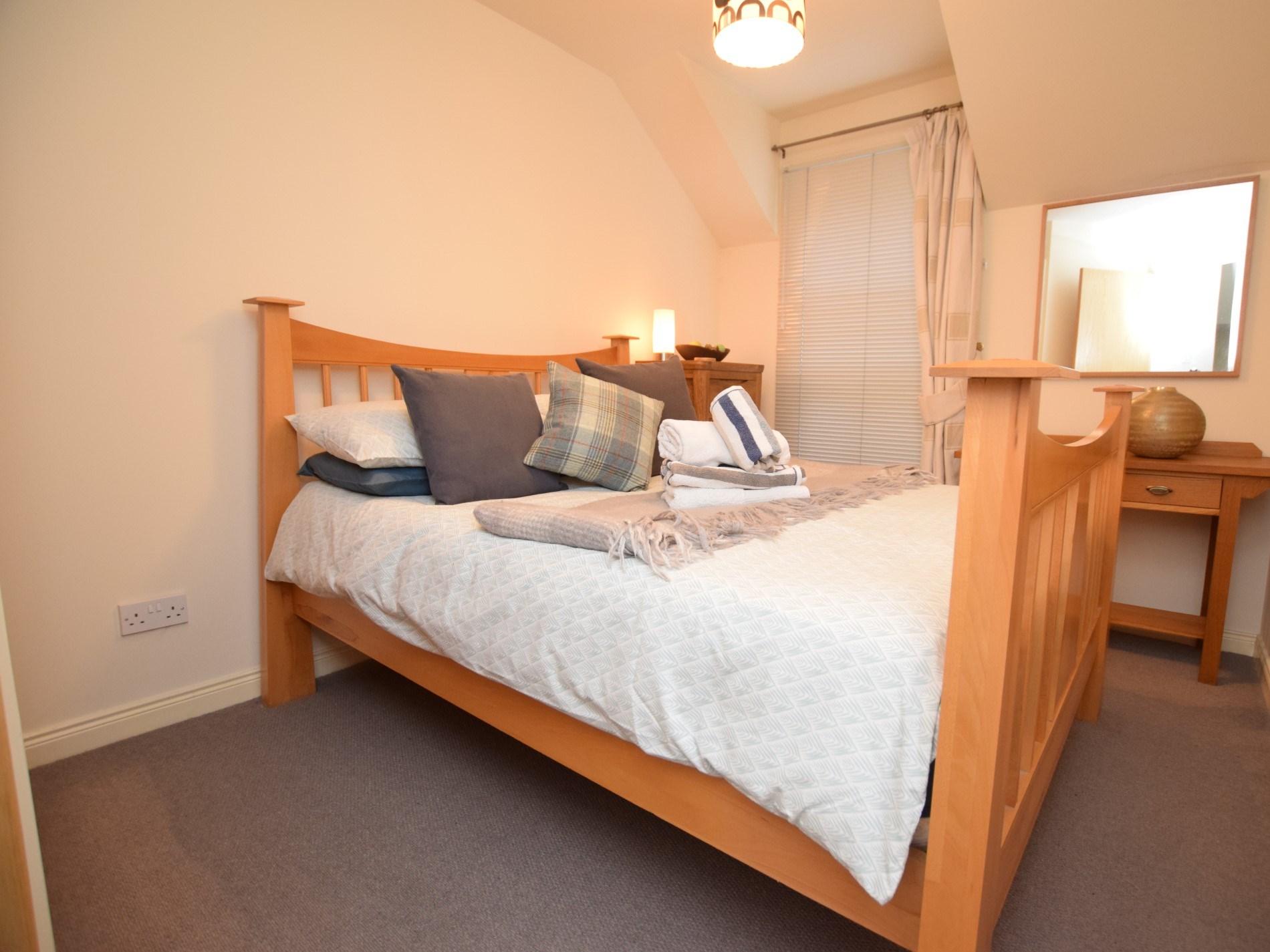 2 Bedroom Cottage in Edinburgh, Perthshire, Angus & Fife