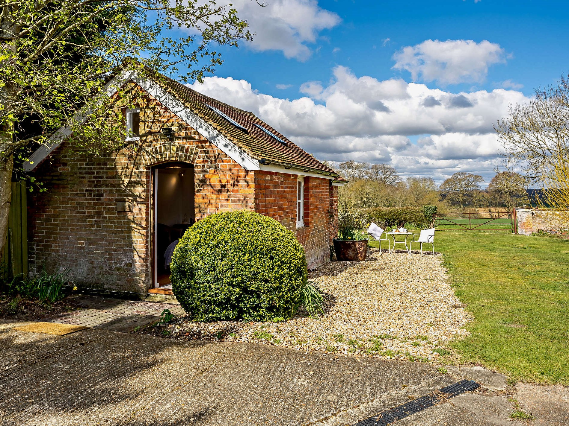 1 Bedroom Cottage in Tenterden, South of England