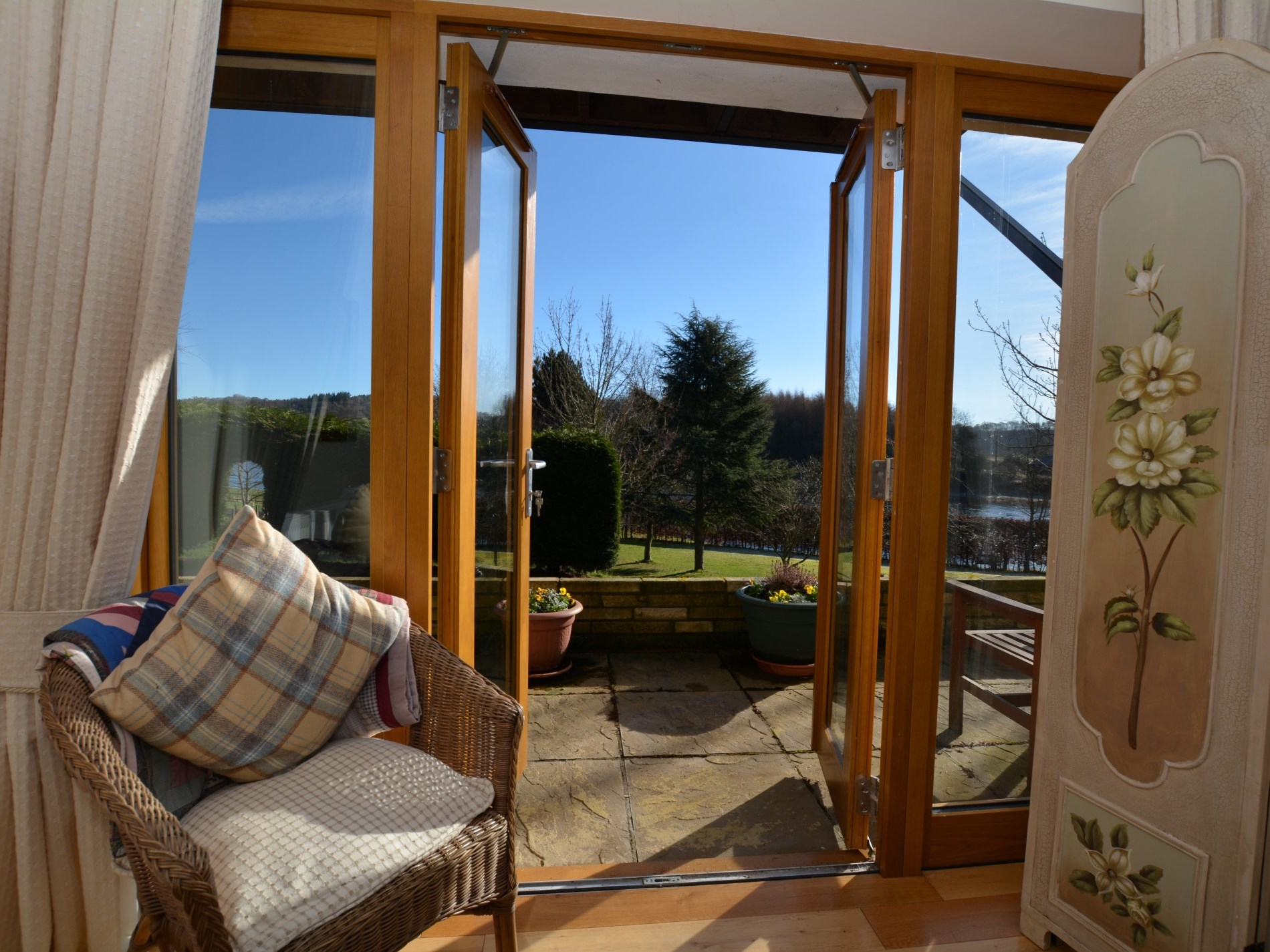 3 Bedroom Cottage in Perth, Perthshire, Angus & Fife