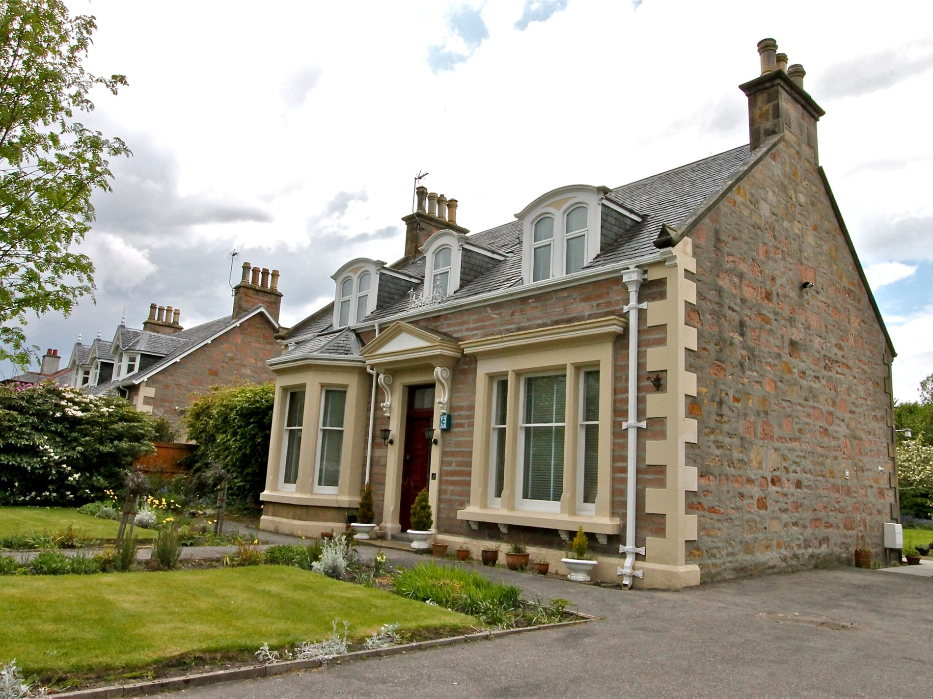 5 Bedroom Cottage in Inverness, Inverness, Loch Ness & Nairn, Highlands