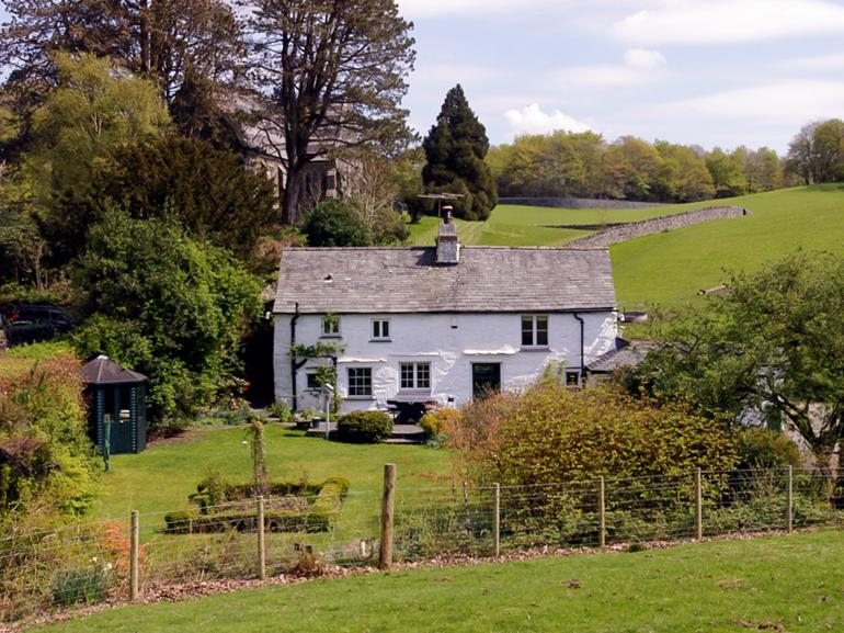 Situated in a pretty countryside setting