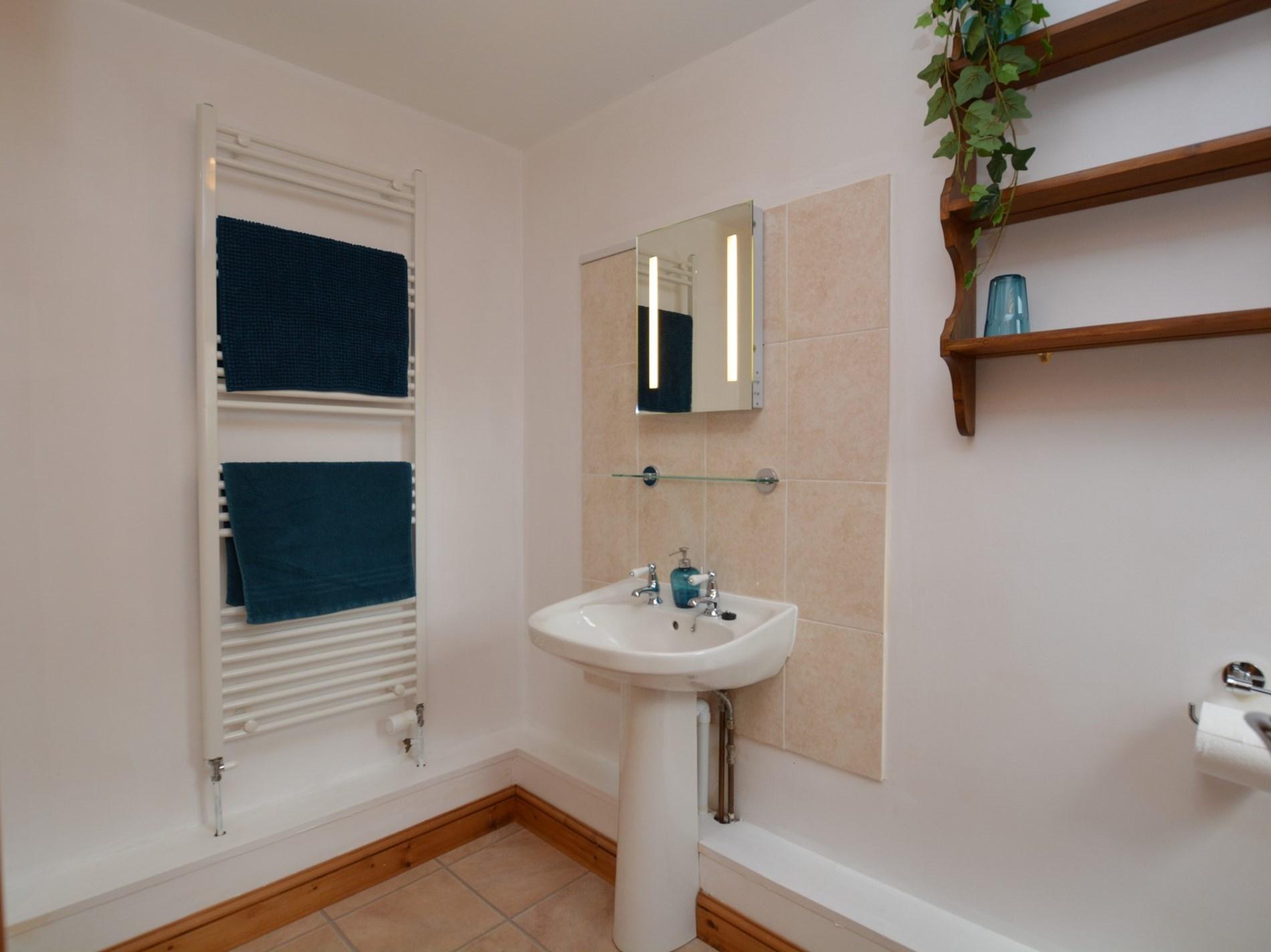 2 Bedroom Cottage in Sherborne, Dorset and Somerset