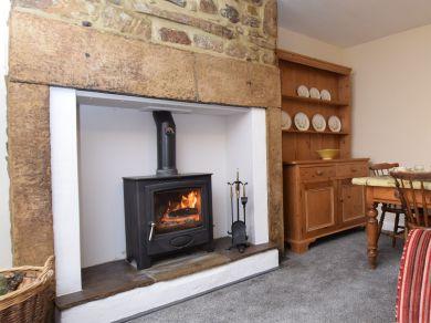 Brookside Cottage (50500)