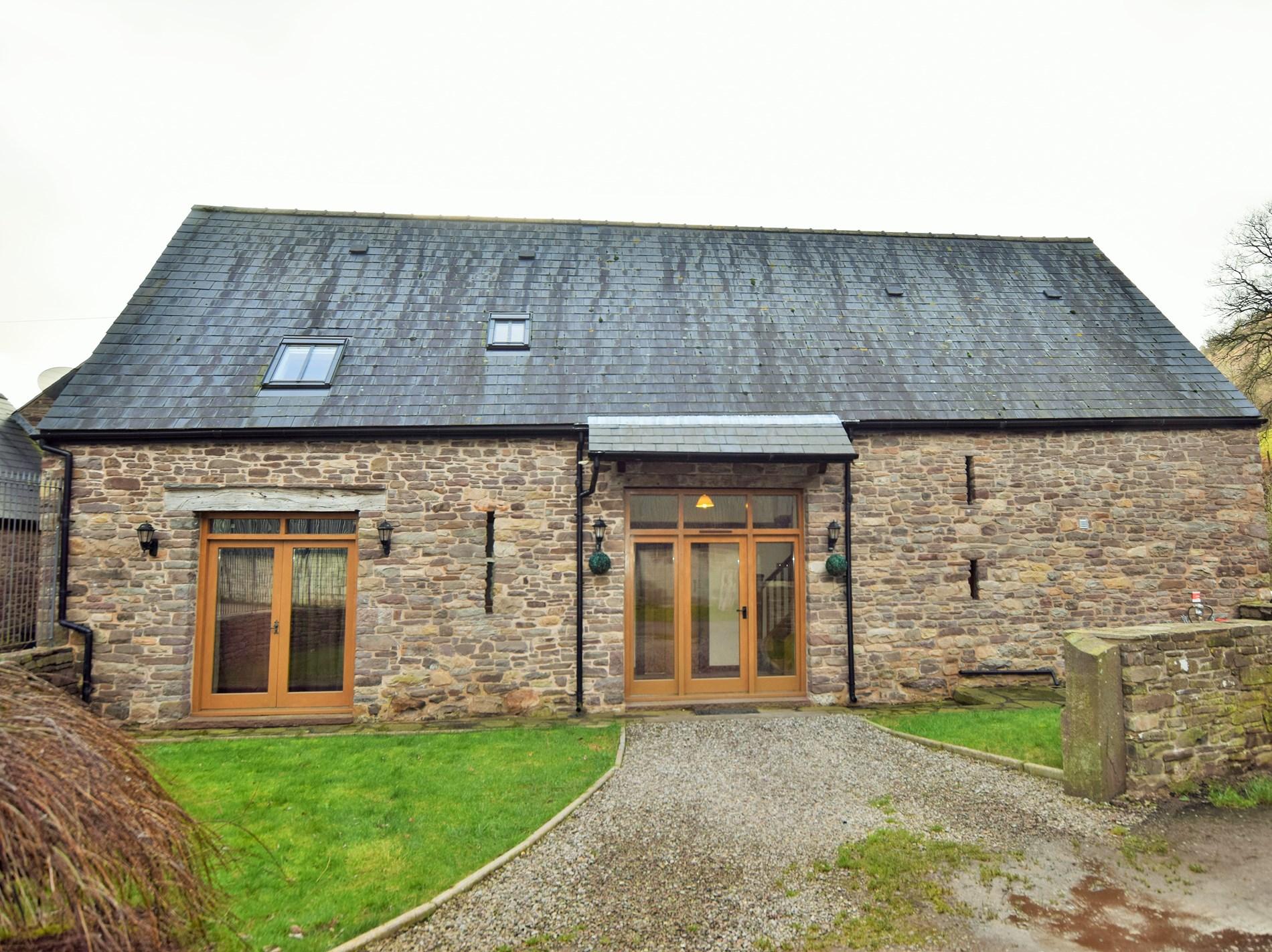 4 Bedroom Cottage in Crickhowell, Mid Wales