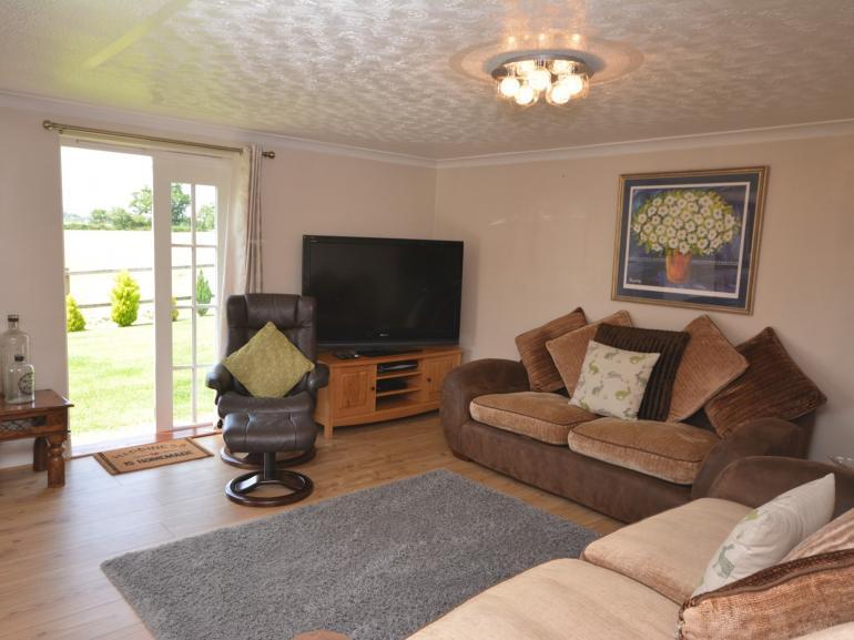 Comfortable,spacious lounge area