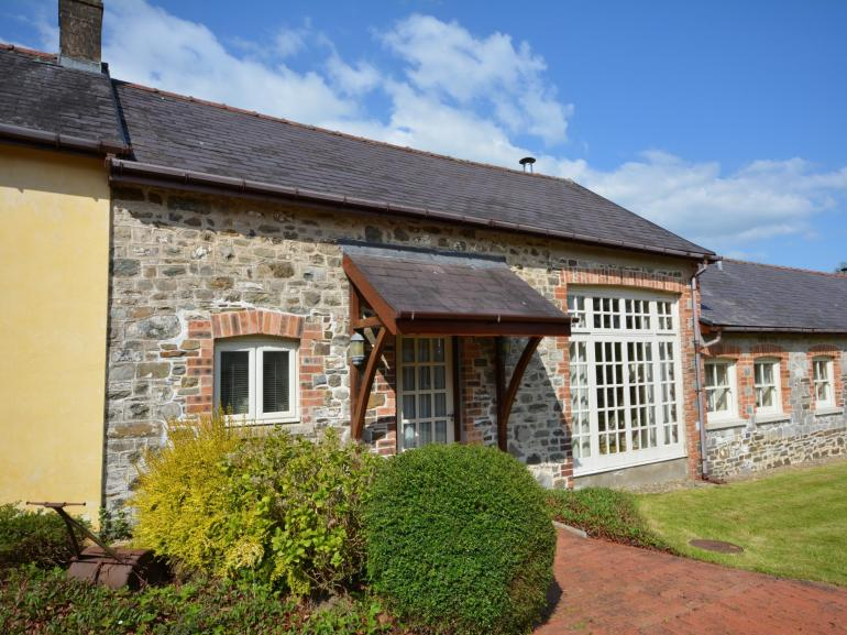 Sweet cottage ideal for a romantic break