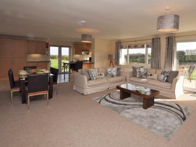Ranmoor Poachers Cottage (51680)