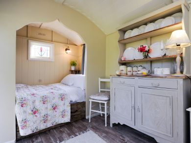 Buttercrambe Shepherds Hut (SKN14)
