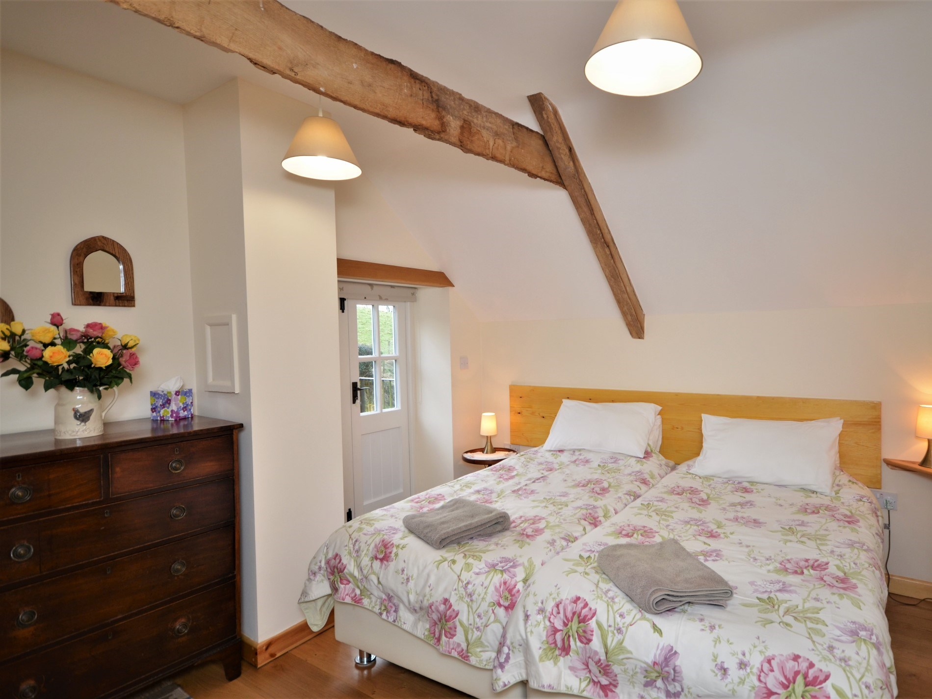 2 Bedroom Cottage in Minehead, Dorset and Somerset