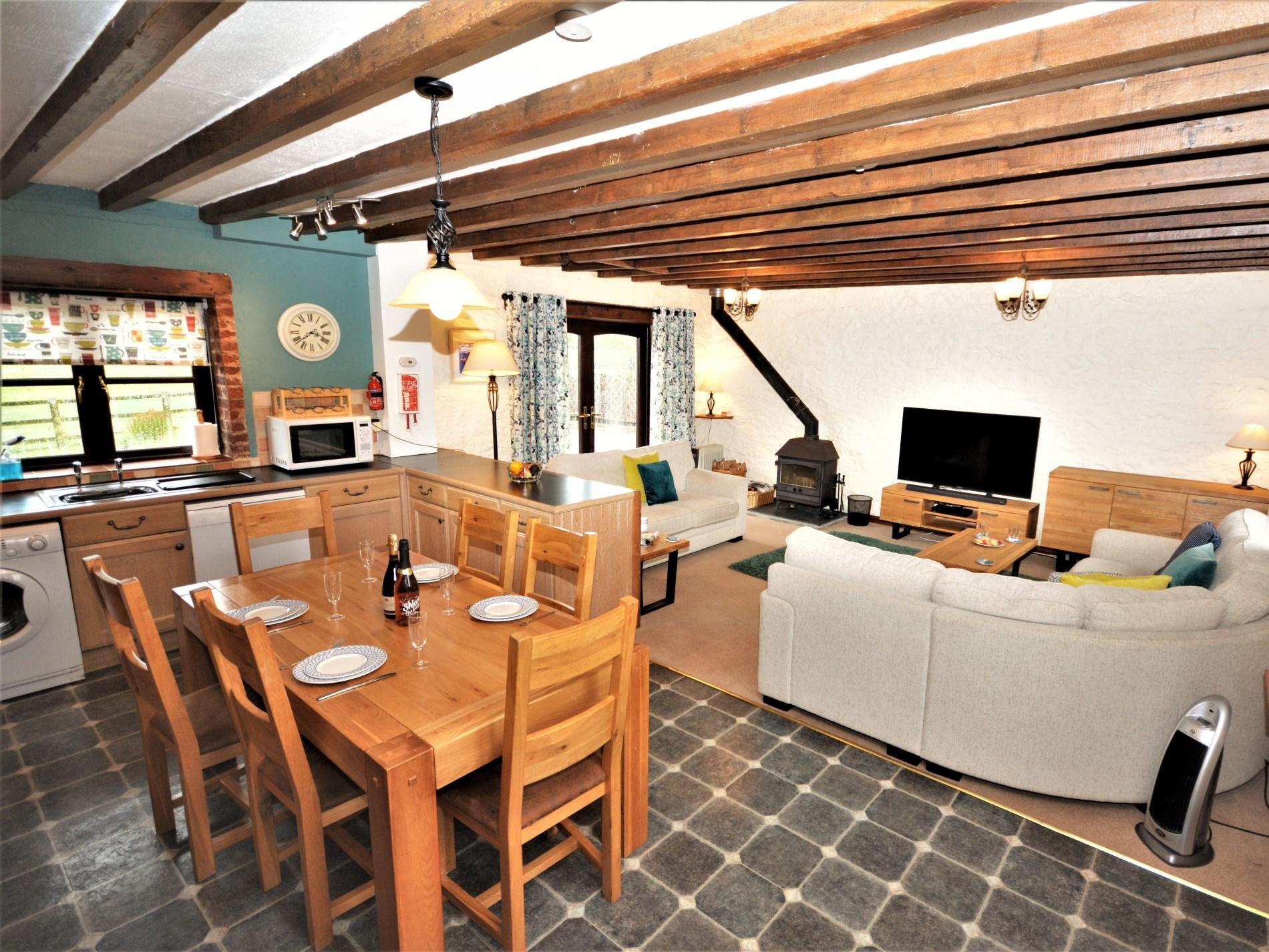 Open plan kitchen, diner, lounge