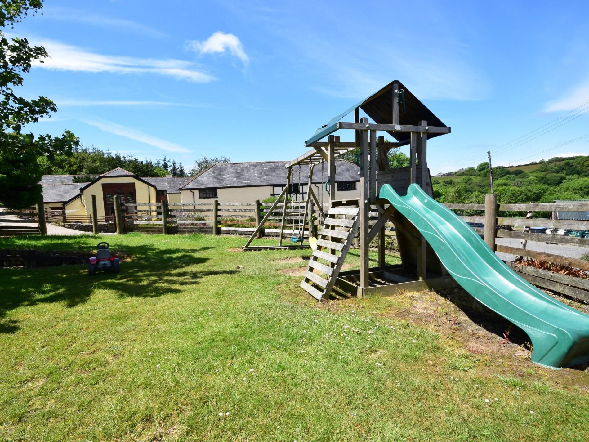 2 Bedroom Barn in North Devon, Devon