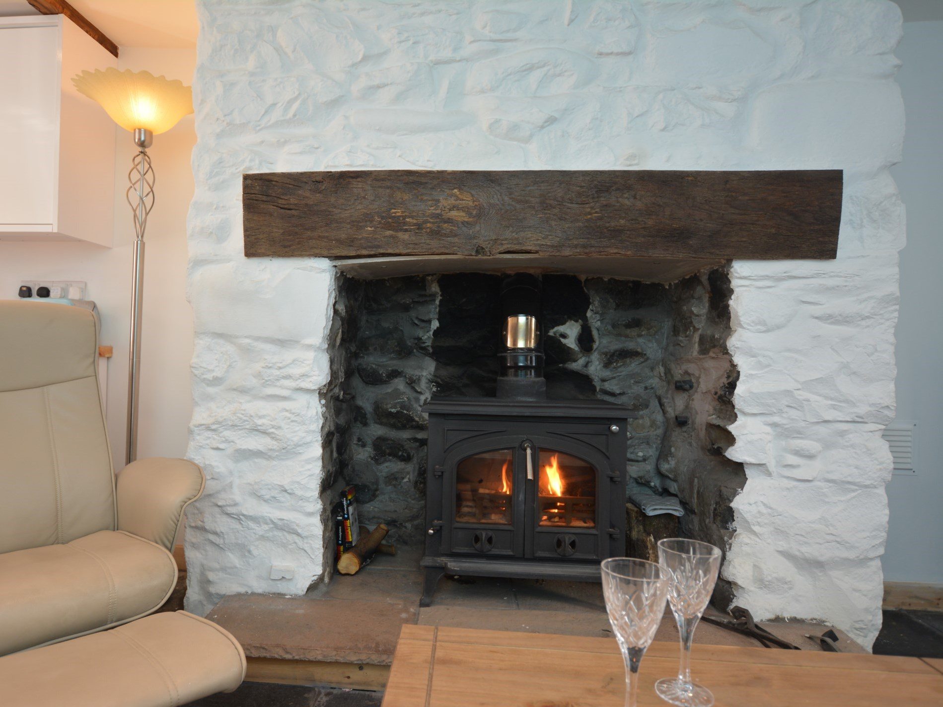 1 Bedroom Cottage in Llwyngwril, Snowdonia, North Wales and Cheshire