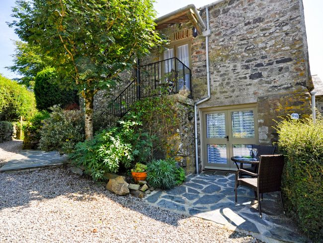 Stay in this exquisite garden apartment on the edge of Dartmoor