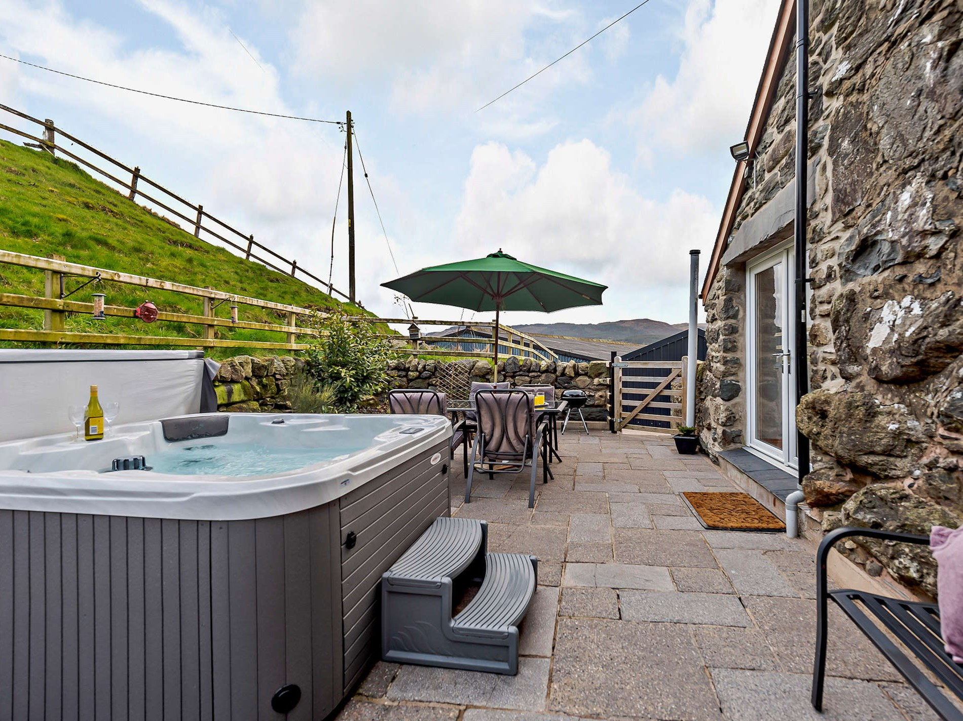 3 Bedroom Cottage in Bala, Snowdonia, North Wales and Cheshire