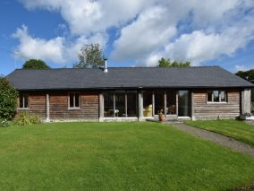 Court Farm Cottage Kinnerton (CHL34)