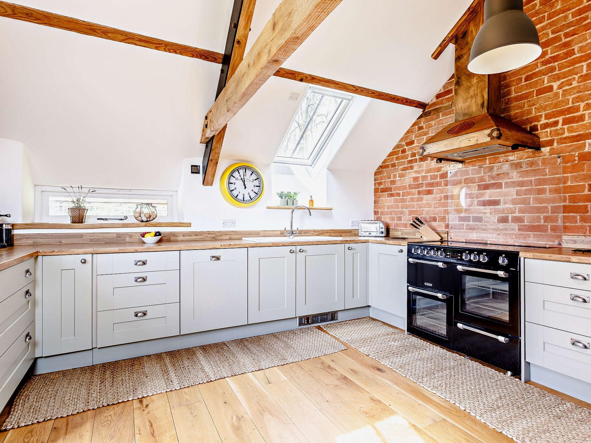4 Bedroom Barn in Mid and East Devon, Devon