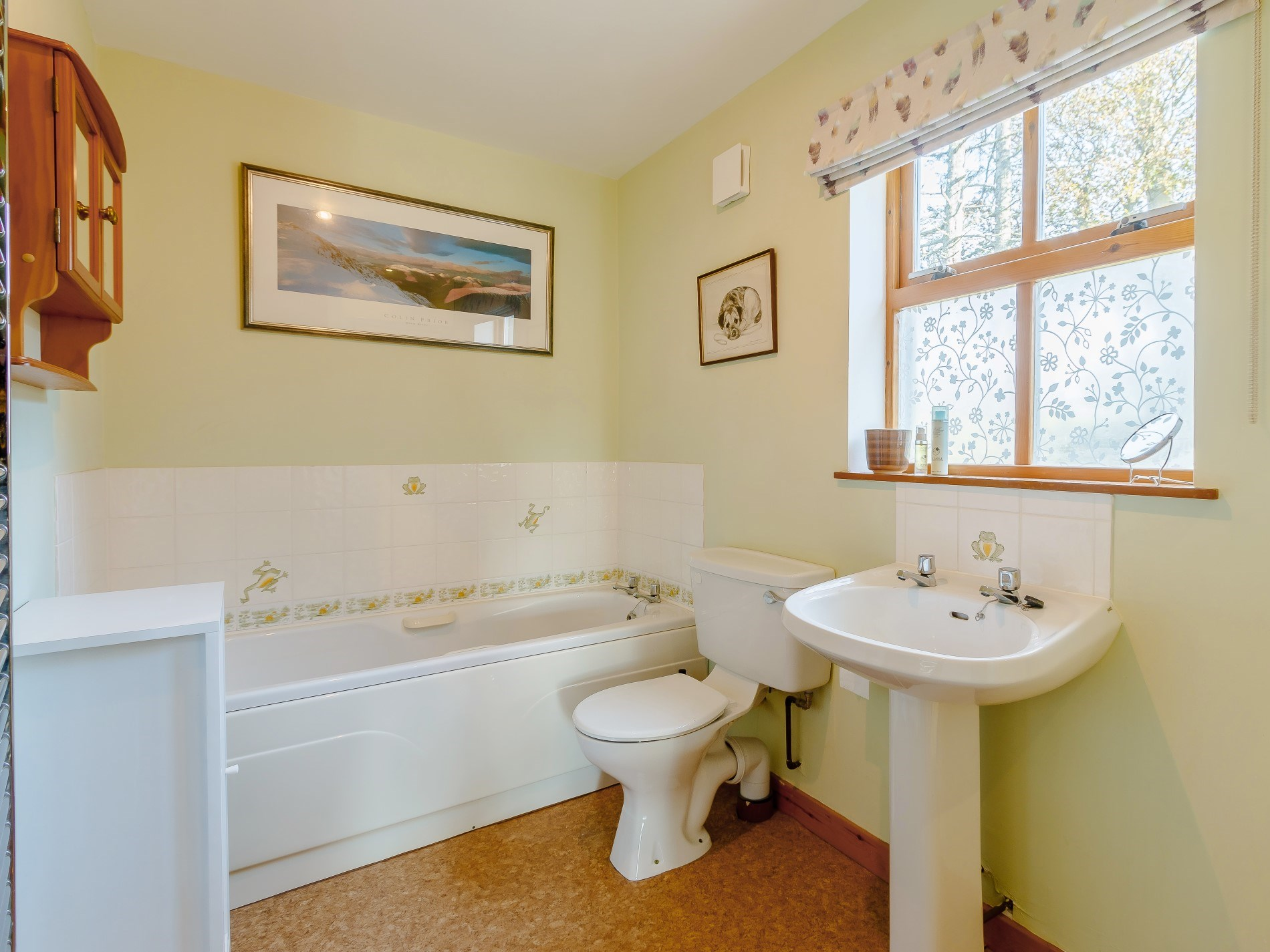 3 Bedroom Cottage in Aboyne, Moray, Aberdeenshire & The Coastal Trail
