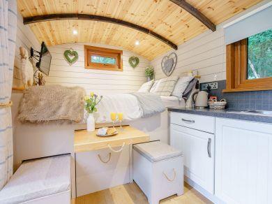 Wool Washers Shepherd Hut (53246)