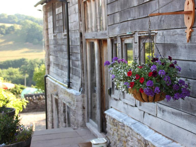 A beautiful barn with stunning views for your perfect holiday