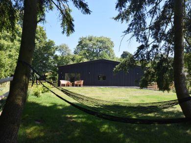Old Henhouse Hideaway (54126)