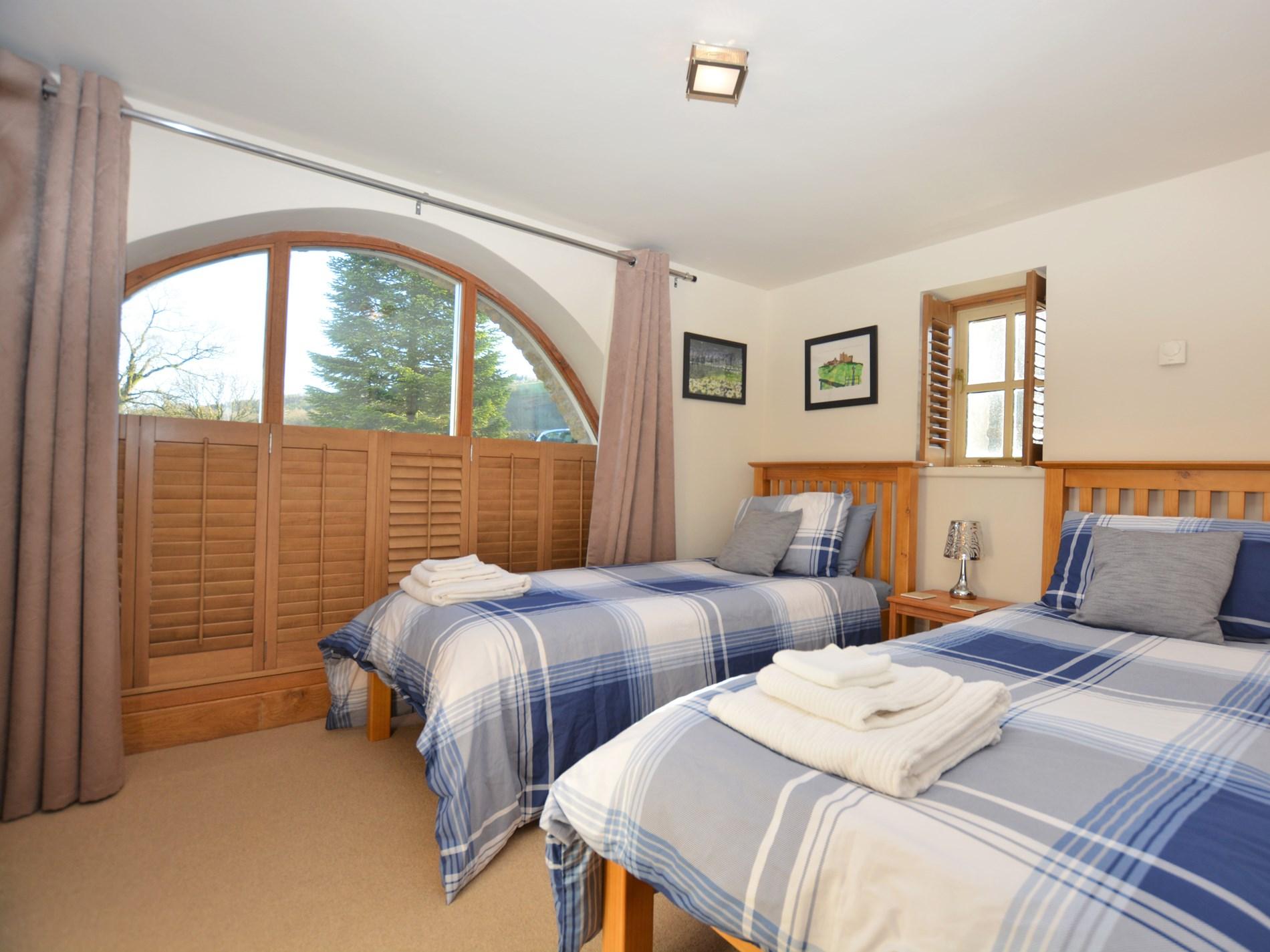 3 Bedroom Cottage in Llandeilo, Mid Wales