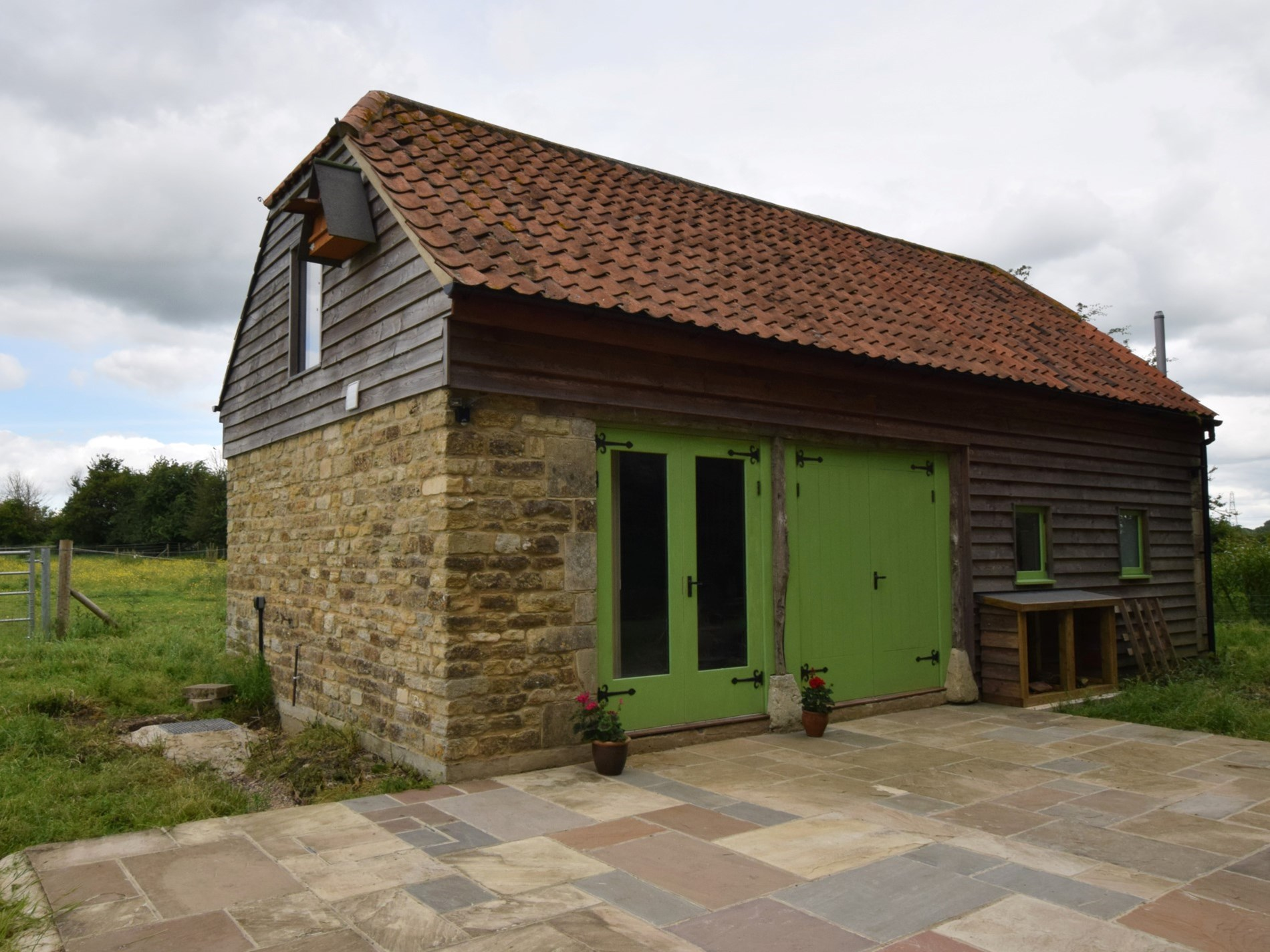 View towards the front of the detached former barn